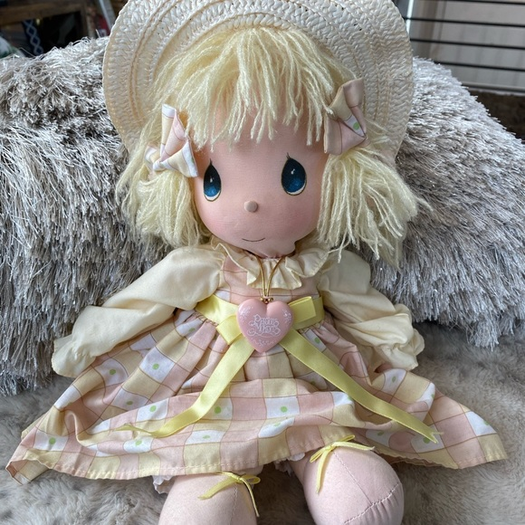 ✨Precious Moments Vintage Doll with locket